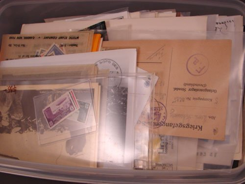 5007: Lot of foreign stamps with some Zeppelin postcard