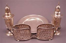 6091R: Sterling Silver Lot Salt & Pepper Shakers / Tray