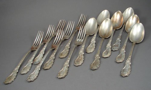 2: 14pcs Rococo style European Silver Flatware. Marked