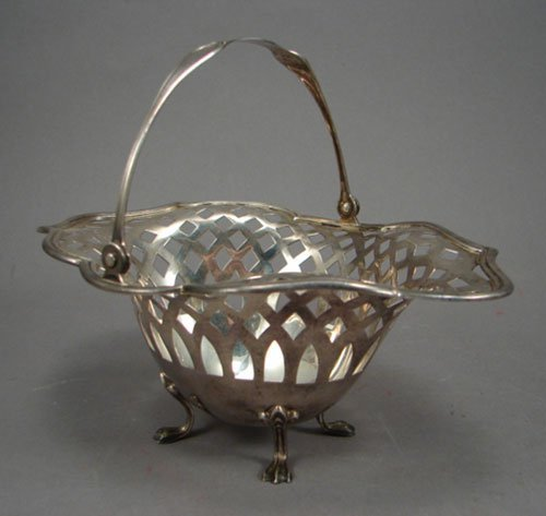 1022: H. Kohn & Sons Sterling Silver Basket with pierce