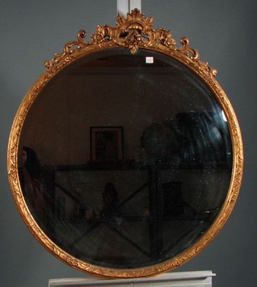 1002: Gilt gesso over wood round hanging mirror