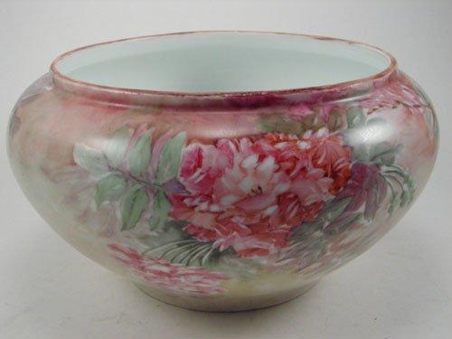 2013: Antique Hand Painted Porcelain Center bowl. Marke