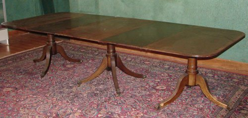 2048: Federal Period Mahogany Banquet Table, triple ped