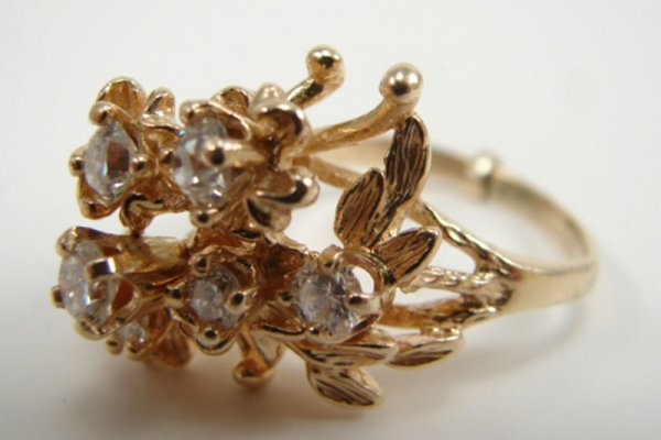 508: 14k Yellow Gold & Diamond Lady's Cocktail Ring, Es