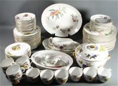 1080: Royal Worcester Evesham Fine Porcelain Dinner Ser