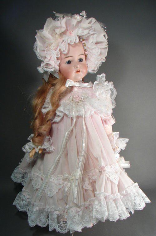 2007: Antique German K&R Simon Halbig Character Child D