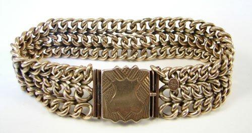 15: Edwardian 14k Yellow Gold Ladies Bracelet. Safety c