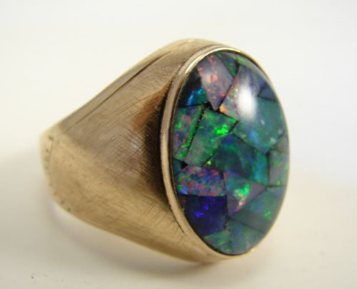 16: Men's 18k Yellow Gold and Mosaic Opal Ring. size 11