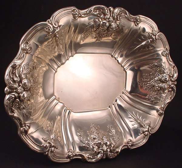 9A: Reed & Barton Sterling Silver large Serving Bowl. 1
