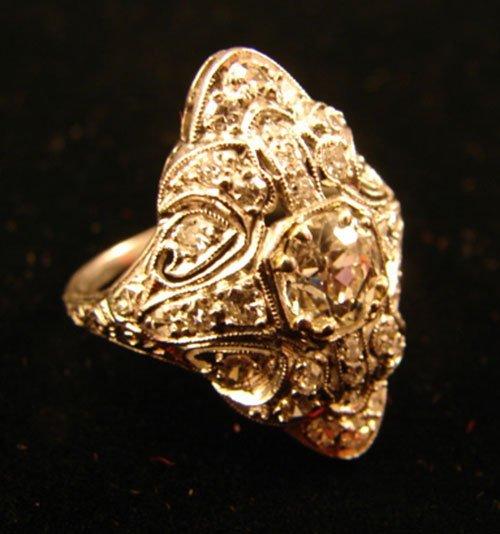 53: Edwardian Diamond Ladies Ring. Mounted in platinum.