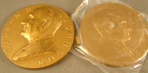 1013: 2 bronze Inaugural Medals: LBJ by Roberts, Coolid