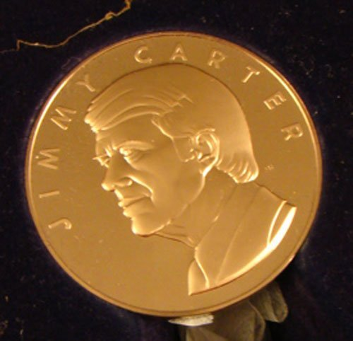 1021: 1 bronze Inaugural Medal Jimmy Carter 2 3/4in. Fr