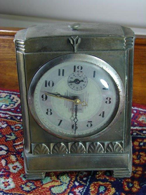24: Ingraham Electric Shelf Clock. Patinated white meta
