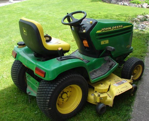 "125A: John Deere GT 235 Lawn Tractor with 54"" mowing de - 2"