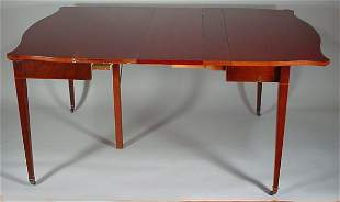 Federal Style Unusual expandable Games Table. 20