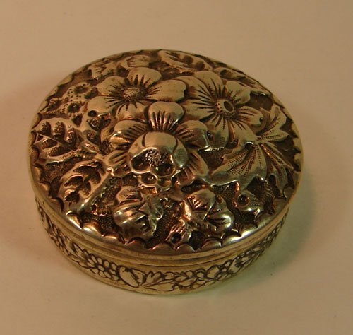 5: Gorham Sterling Silver Repousse Round Box. 0.775 tro