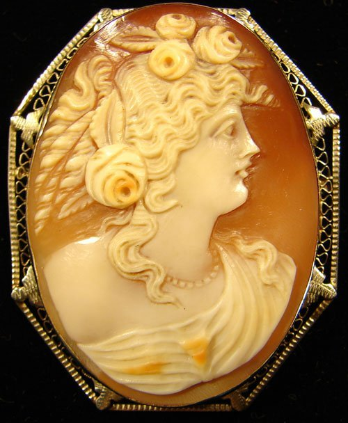 18: Antique Hand Carved Shell Cameo Pin / Pendant. Port