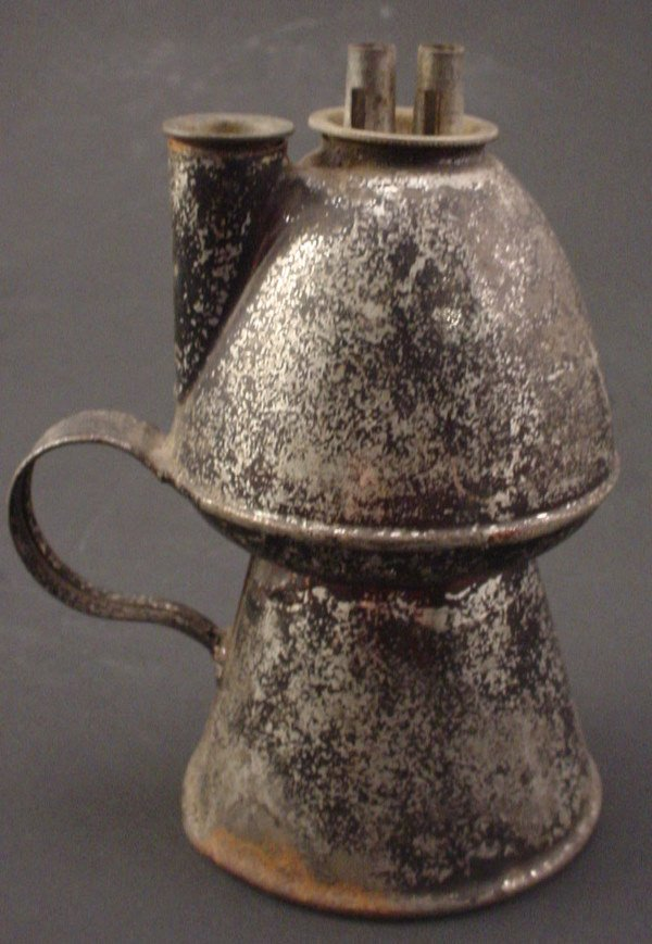 1020: Tin Oil Lamp in Japanned finish. Finish worn. 4 1