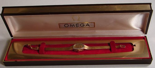 005: Omega Watch 14k Yellow Gold Band and Case.