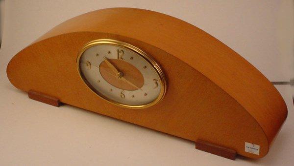 "4012: ""Revere"" Art Moderne Electric Clock. In working c"