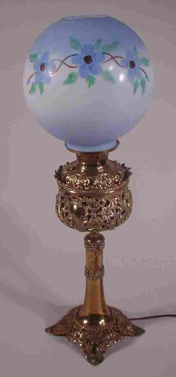Antique Victorian kerosene / oil lamp. Cast Brass