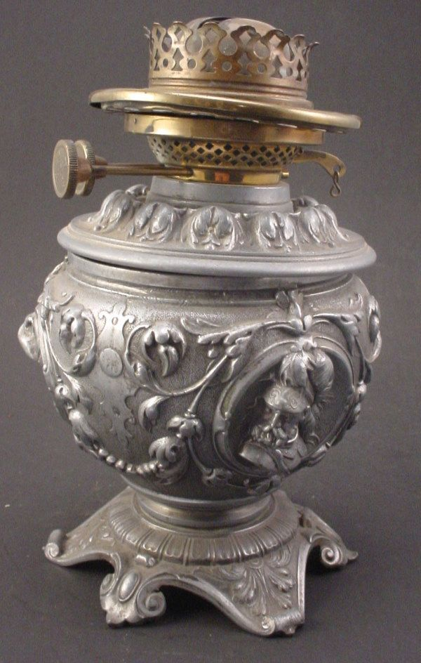 Antique Kerosene / Oil Lamp Figural cast brass w/