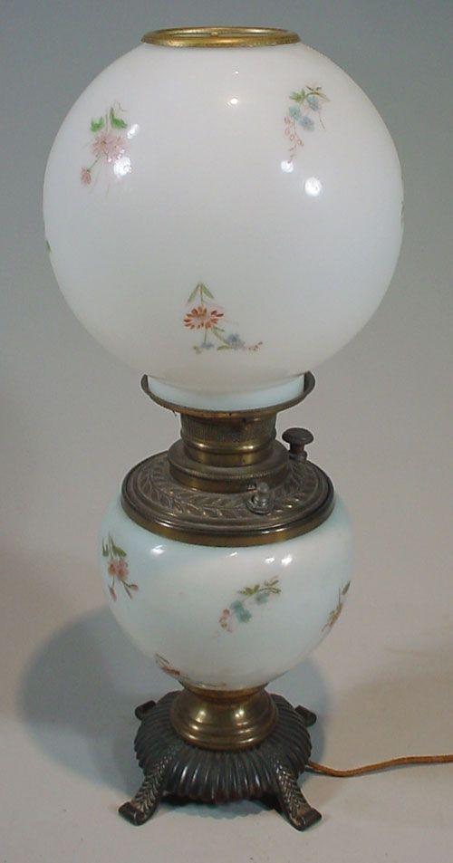 Antique Victorian Kerosene / Oil Lamp