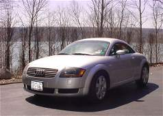 555: Audi TT Automobile