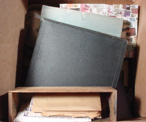 16: Very large lot of U.S. stamps