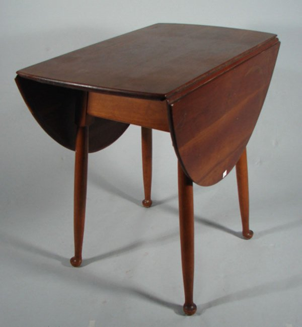 """19: Stickley Signed Oval Drop Leaf Table. 29""""h x 29""""w x"""