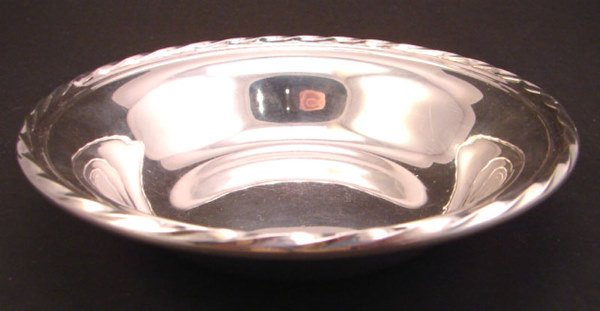 "1015: Towle Sterling Dish. Numbered ""48520"". 1 1/4""h x"