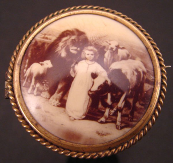 12: Great Victorian Pin / Button with girl surrounded b