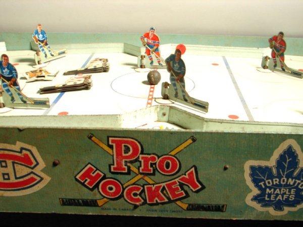 "5062: Vintage 1956 Eagle Toys Ltd. ""Pro Hockey Set"" inc - 2"