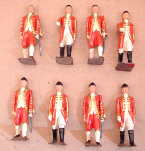 5025: Eight Britains with Swords and one moveable arm