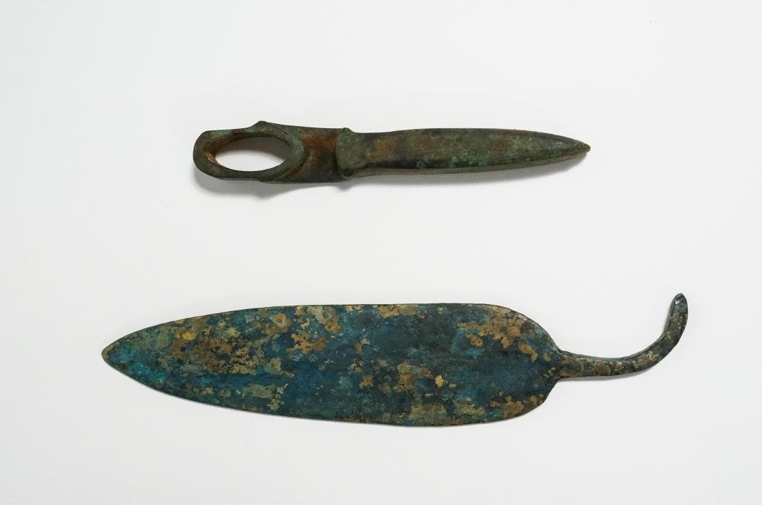 2 ANCIENT BRONZE AGE AXE HEAD AND KNIFE
