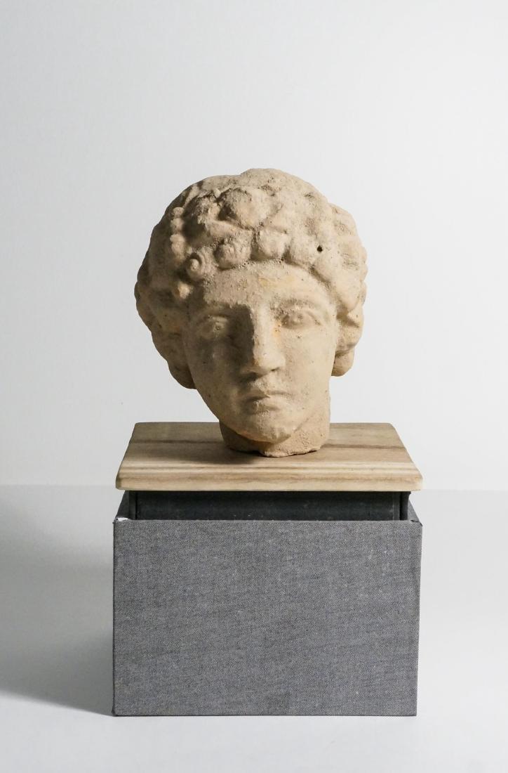 ANCIENT ROMAN CLAY HEAD