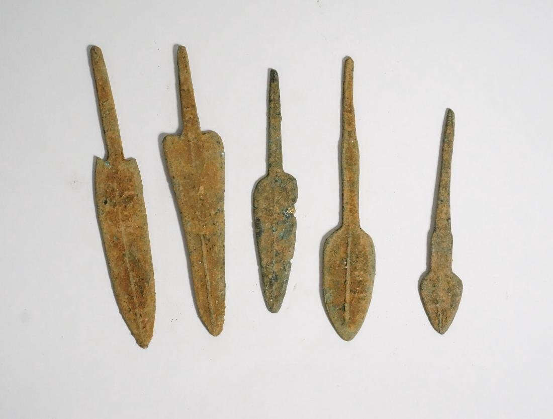 GROUP OF 5 ANCIENT LURISTAN BRONZE ARROWHEADS - 5