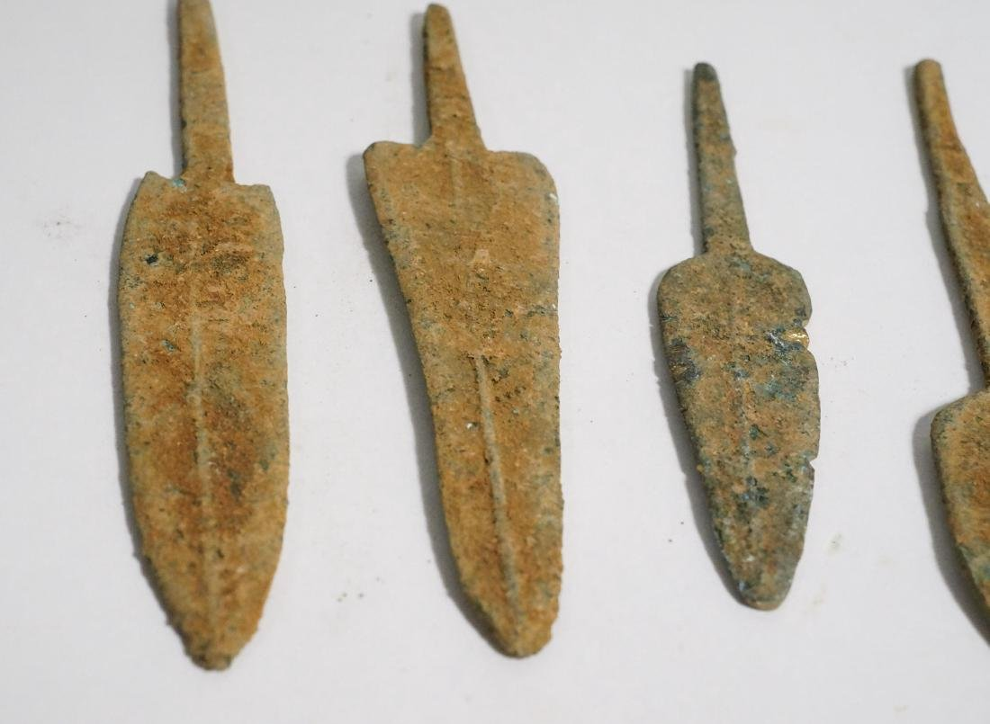 GROUP OF 5 ANCIENT LURISTAN BRONZE ARROWHEADS - 6