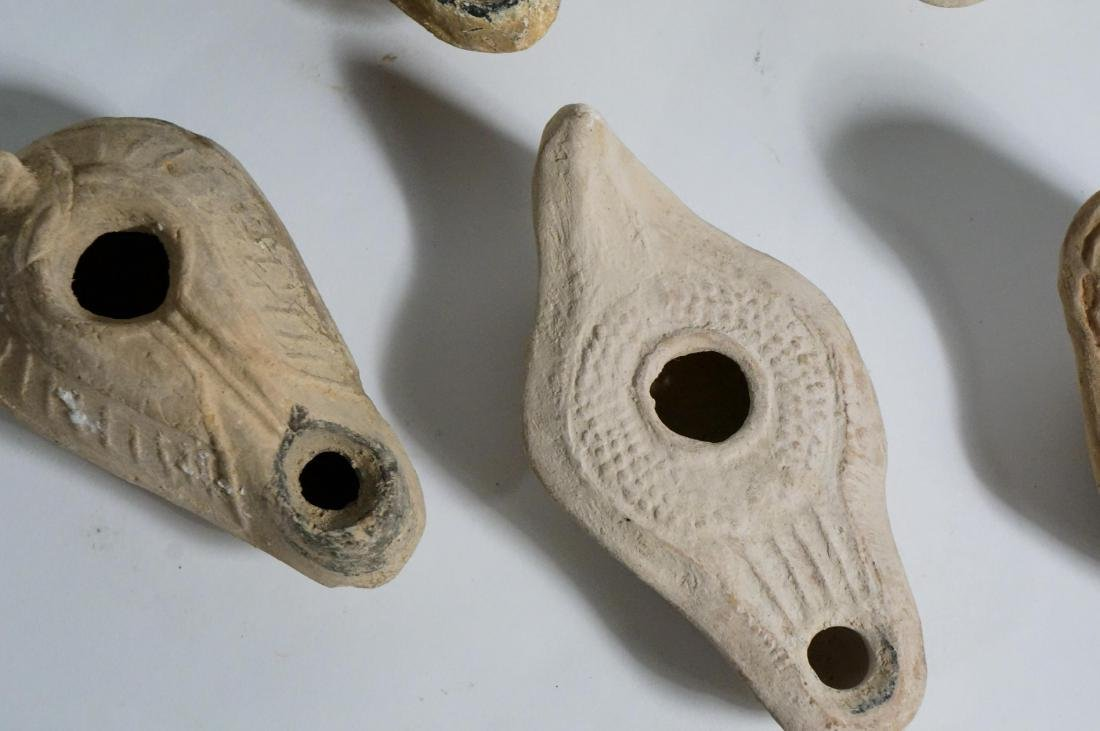 GROUP OF ANCIENT ROMAN CLAY OIL LAMPS - 4