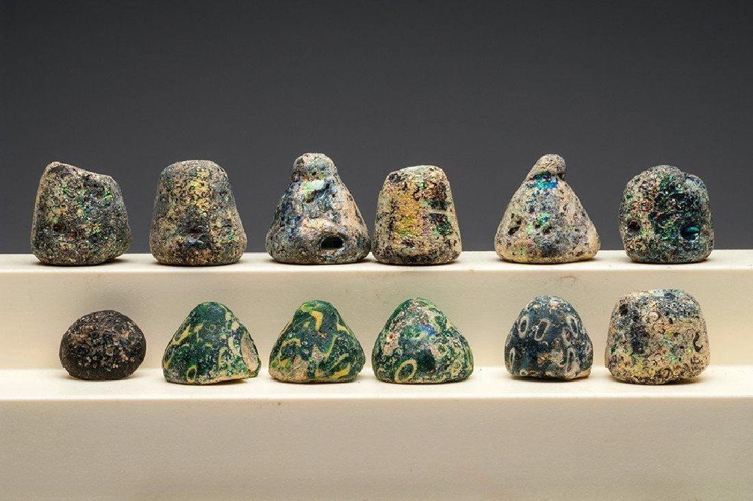 GROUP OF 12 ANCIENT ROMAN GLASS GAMING PIECES