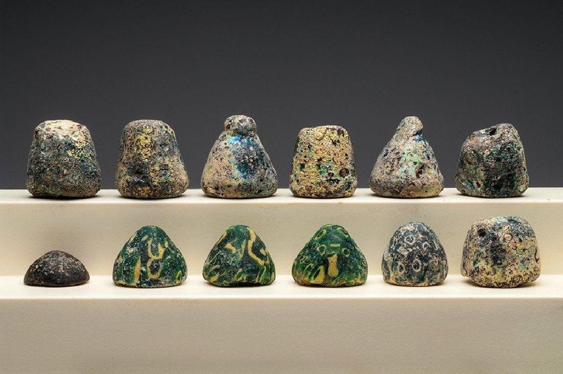 GROUP OF 12 ANCIENT ROMAN GLASS GAMING PIECES - 3