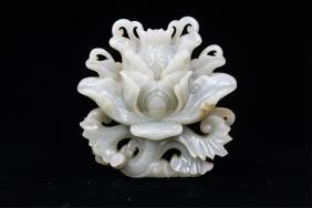 CHINESE QING DYNASTY WHITE JADE CARVED FLOWERS
