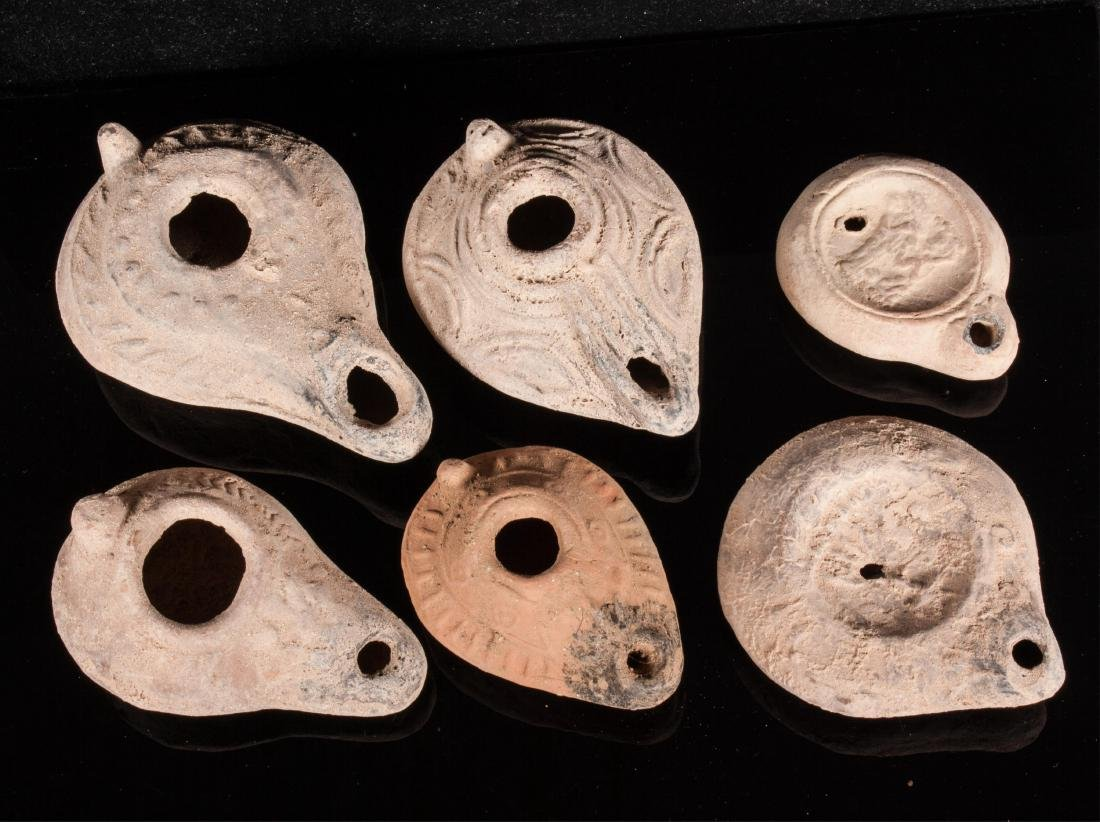 GROUP OF 6 ANCIENT ROMAN CLAY OIL LAMPS