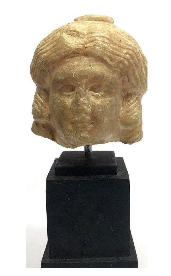 ANCIENT ROMAN STONE FEMALE HEAD