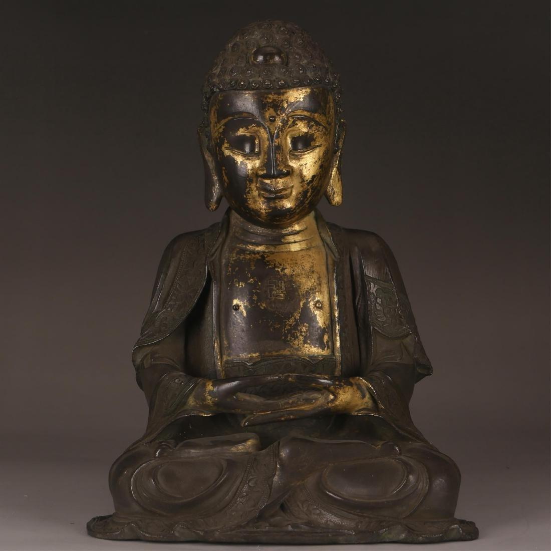 CHINESE GILT BRONZE FIGURE OF BUDDHA, QING DYNASTY