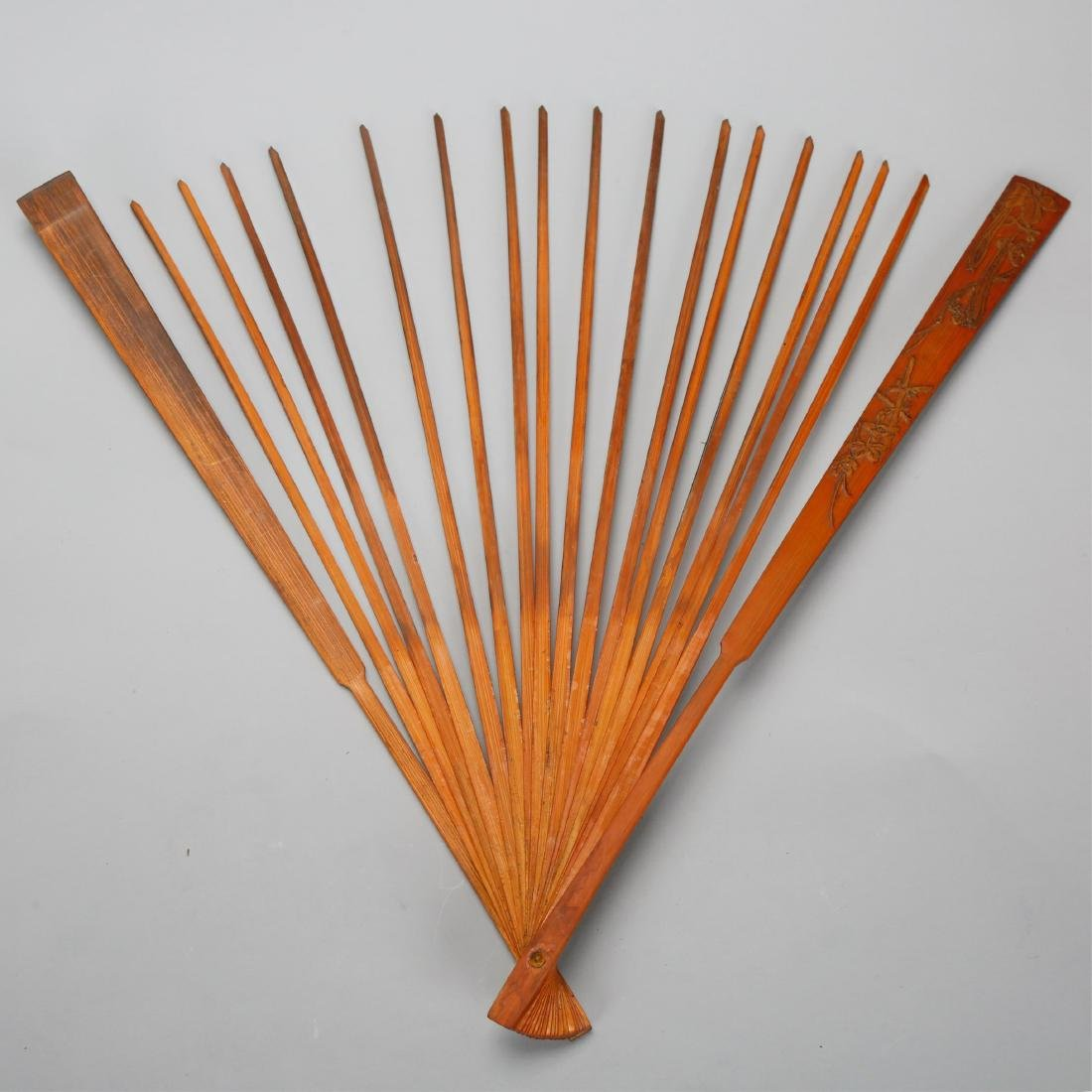 CHINESE BAMBOO FAN