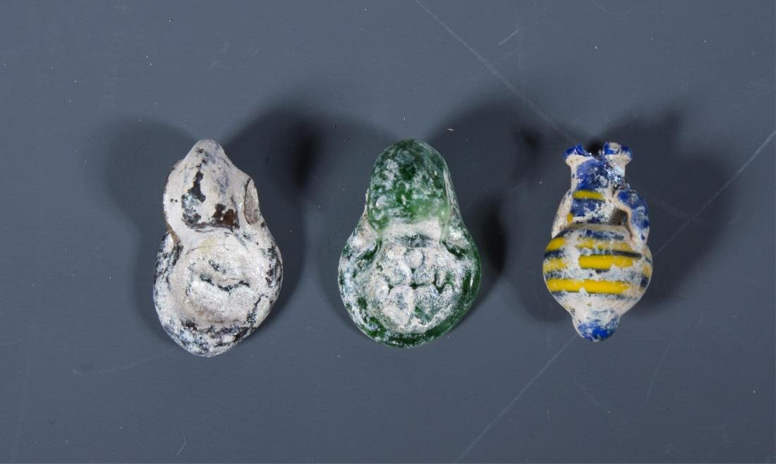 GROUP OF 3 ANCIENT ROMAN GLASS AMULET, 100 AD