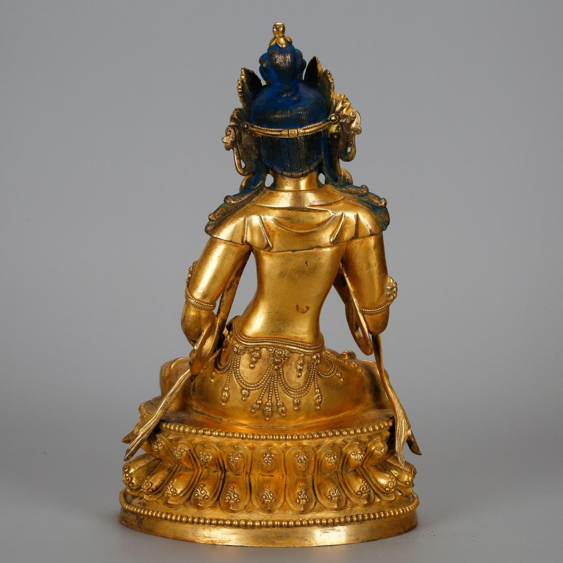 CHINESE GILT BRONZE FIGURE OF GUANYIN - 3