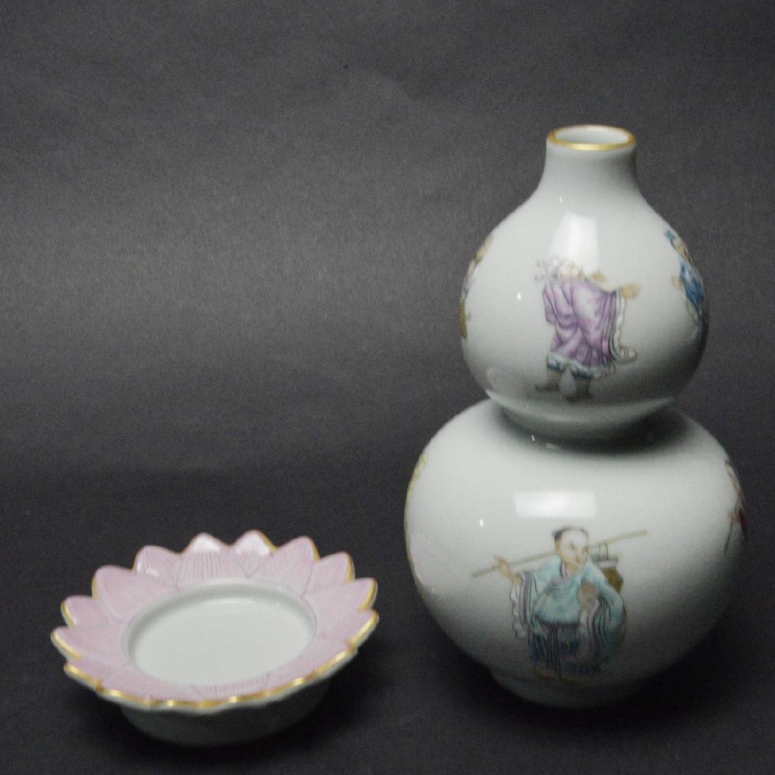 CHINESE FAMILLE ROSE DOUBLE GOURD VASE - 4