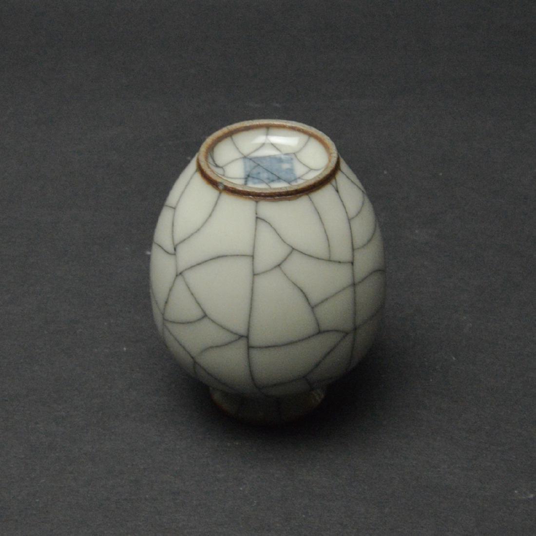 CHINESE CRACKLE GLAZED VASE - 5